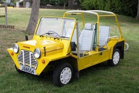 location Mini Moke jaune